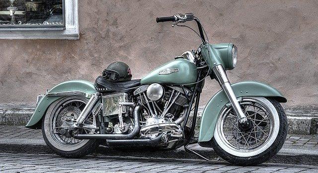 Équipements moto obligatoires et réglementation deux-roues